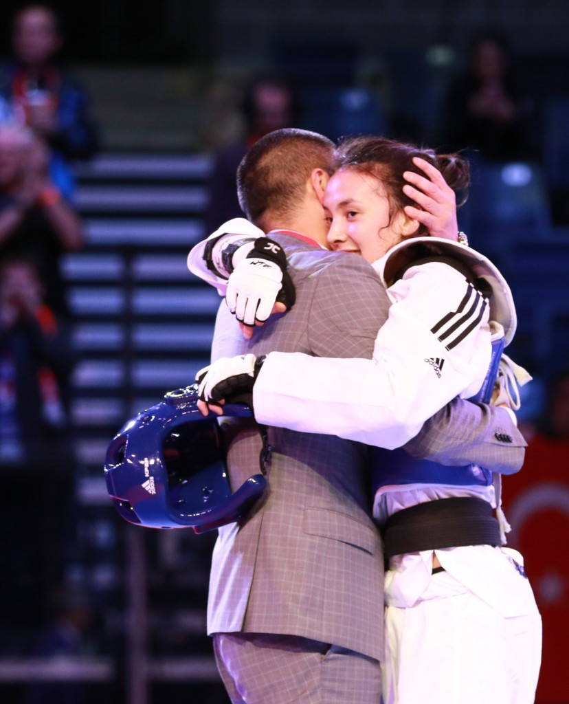 Park secures hosts' first gold medal as World Taekwondo Junior Championships reach penultimate day