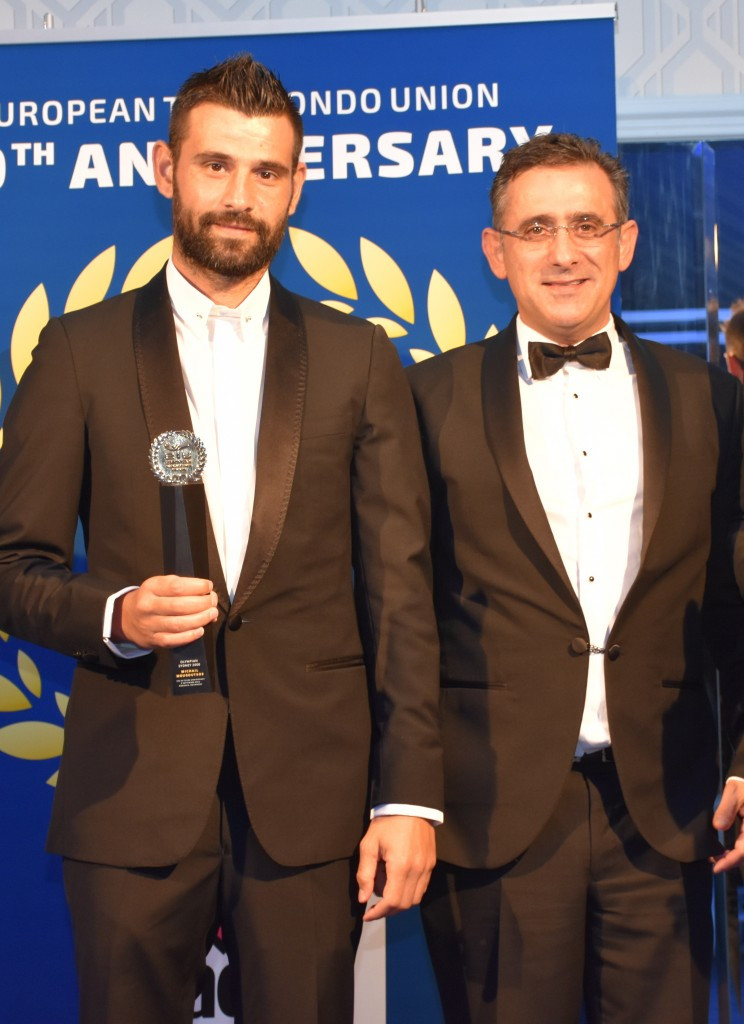 Michail Mouroutsos (left) is one athlete to have been elected by the ETU to the WTF Athletes' Committee ©ETU
