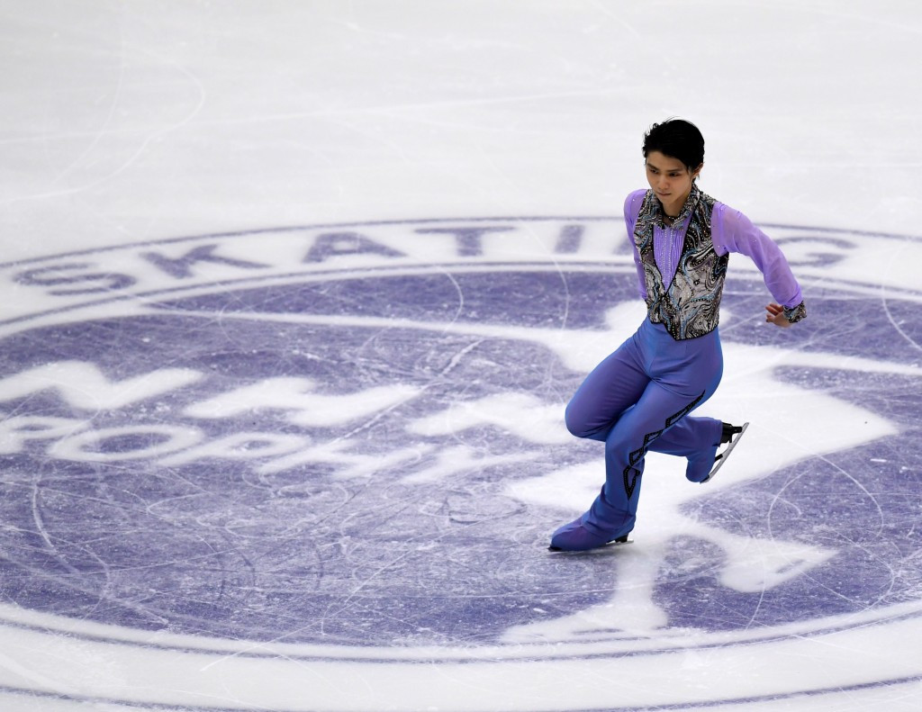Olympic champion Hanyu tops standings in short programme at NHK Trophy