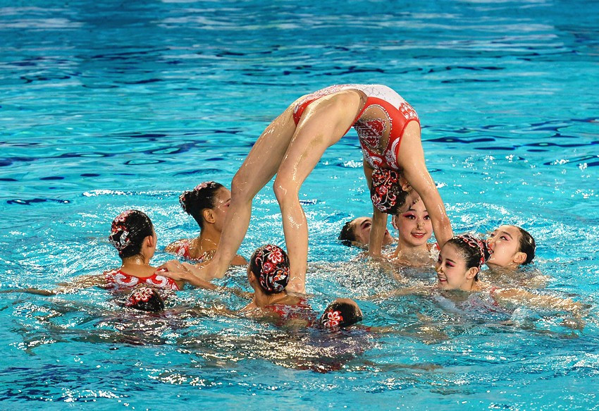 Hosts China win all three titles on day one of FINA Synchro World Trophy