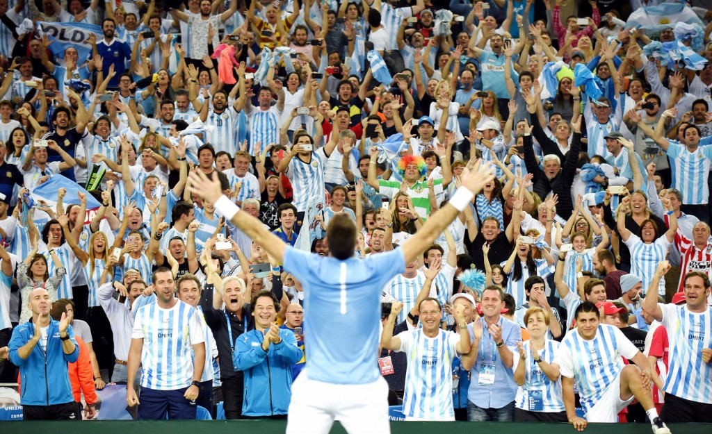 Del Potro and Delbonis claim wins to secure first Davis Cup title for Argentina