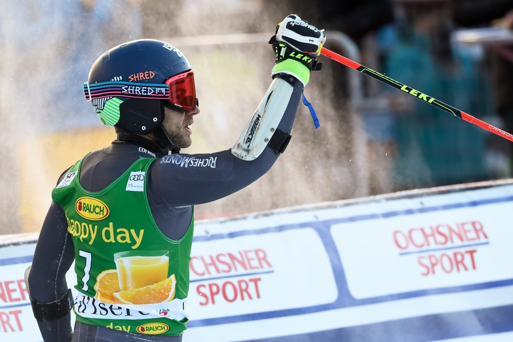 Favire delights home crowd with maiden victory in thrilling giant slalom at FIS Alpine Skiing World Cup
