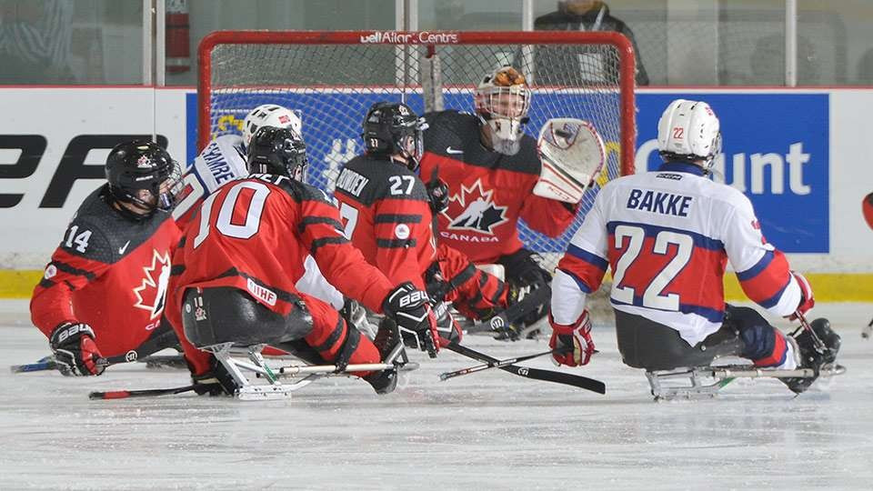 Hosts Canada begin World Sledge Hockey Challenge with impressive victory