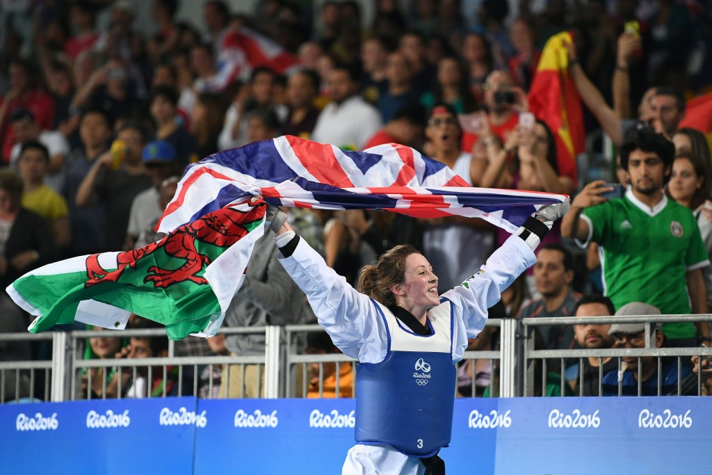 Jones celebrates defending her women's -57kg Olympic title in Rio ©Getty Images