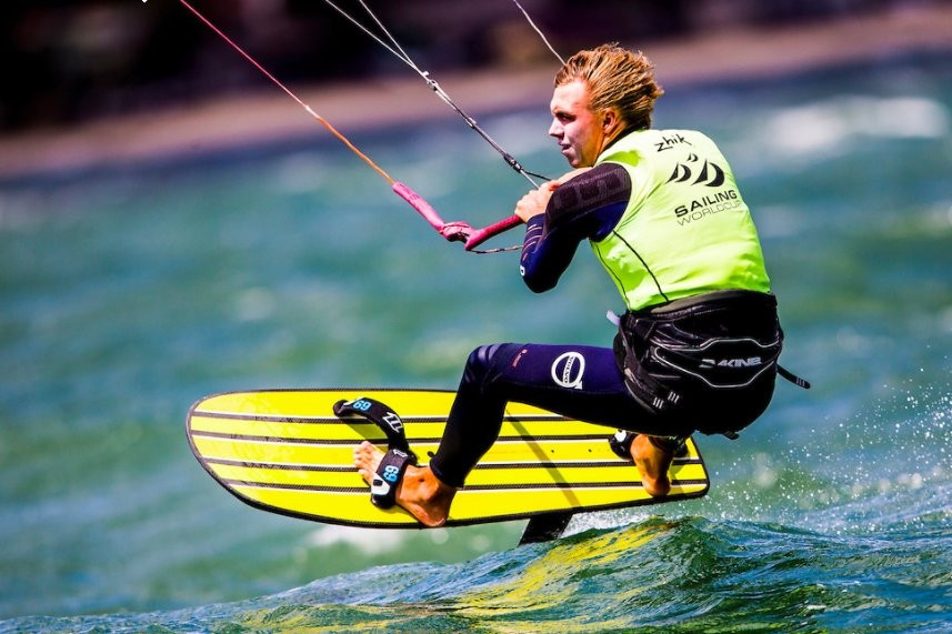 Mazella and Moroz continue good form at Formula Kite European Championships