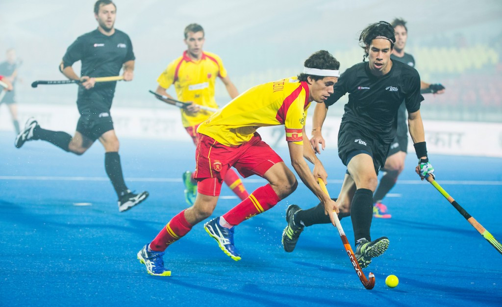 Spain score last-gasp equaliser against New Zealand to reach quarter-finals at Men's Junior Hockey World Cup