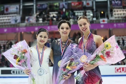 Medvedeva stars at ISU Grand Prix of Figure Skating Final