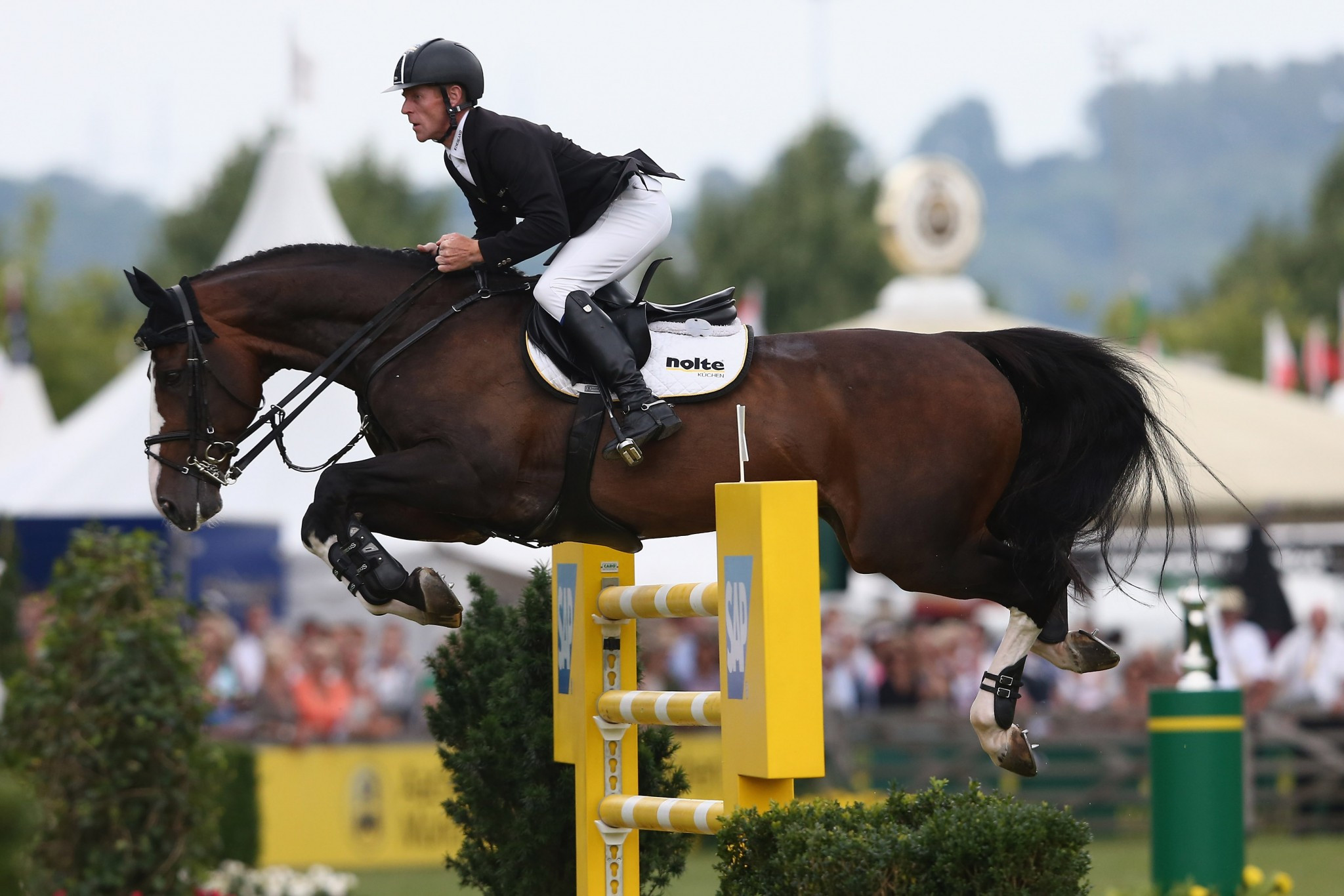 Ehning aiming for record fourth FEI World Cup Jumping title in Las Vegas