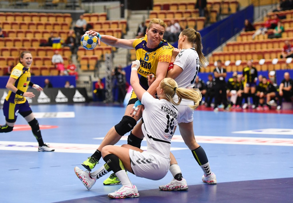 Czech Republic held on despite a strong Romania performance at the European Handball Championships ©Getty Images