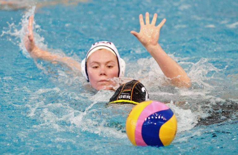 Holders United States among nations through to quarter-finals at FINA World Women's Youth Water Polo Championships