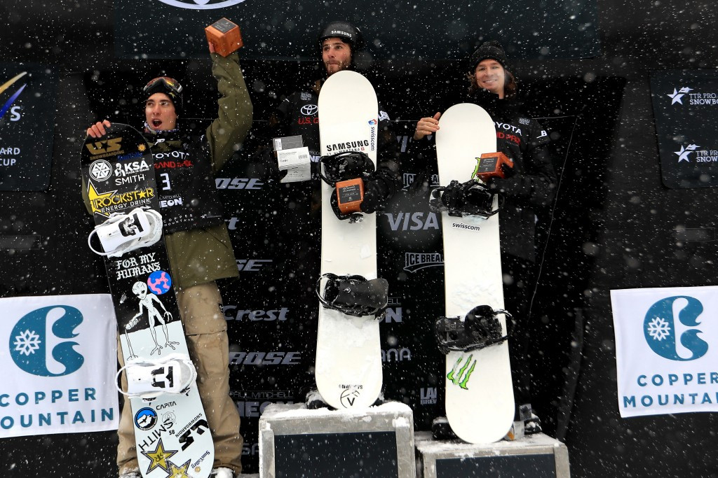 Burgener and Kim top podiums in opening FIS Snowboard Halfpipe World Cup events of season