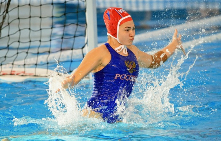 Russia will play Spain for the gold medal at the FINA World Women's Youth Water Polo Championships in Auckland ©FINA