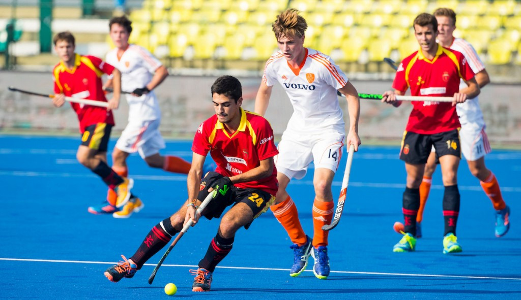 Spain edged The Netherlands 2-1 to secure a spot in the fifth-place play-off ©FIH
