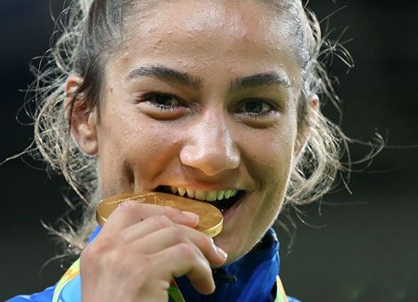 Rio 2016 gold medallists Kelmendi and Ono win IJF Judoka of the Year awards
