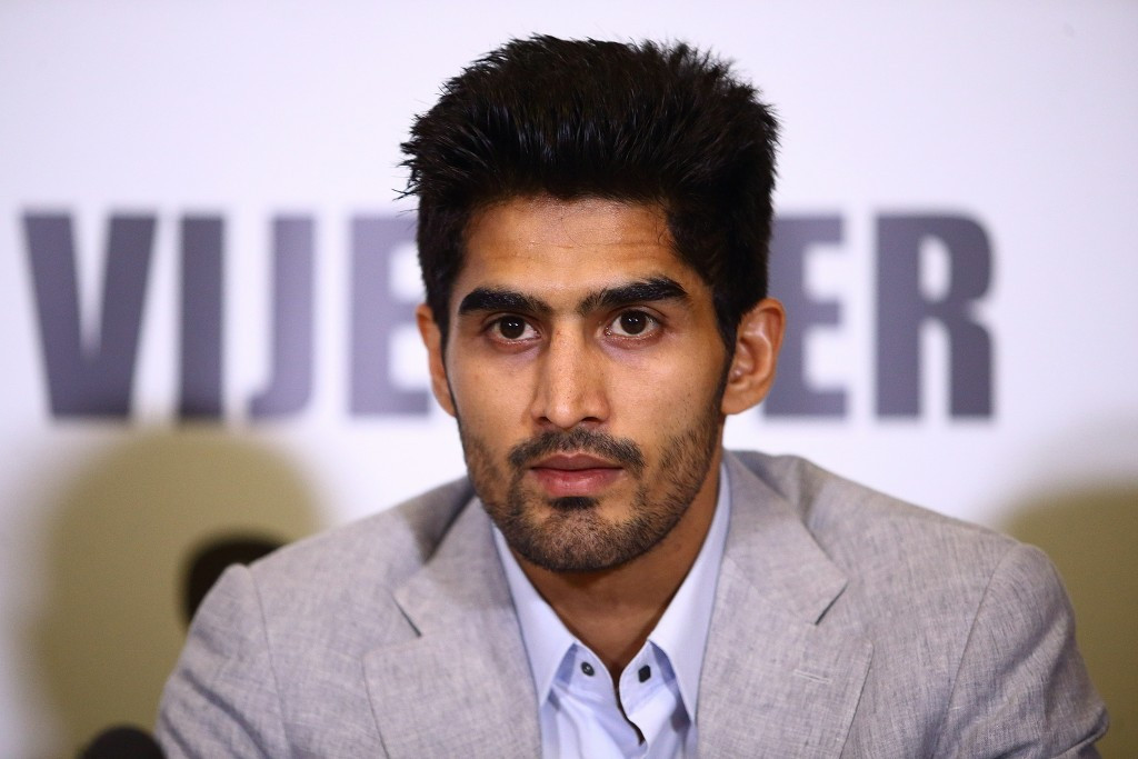 Indian boxer Singh ruled out of Rio 2016 after signing professional contract with Queensberry Promotions