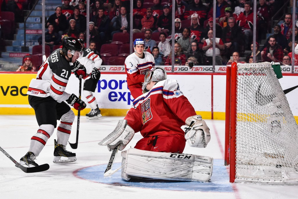Hosts Canada beat Czech Republic to set up semi-final with Sweden at IIHF World Junior Championships