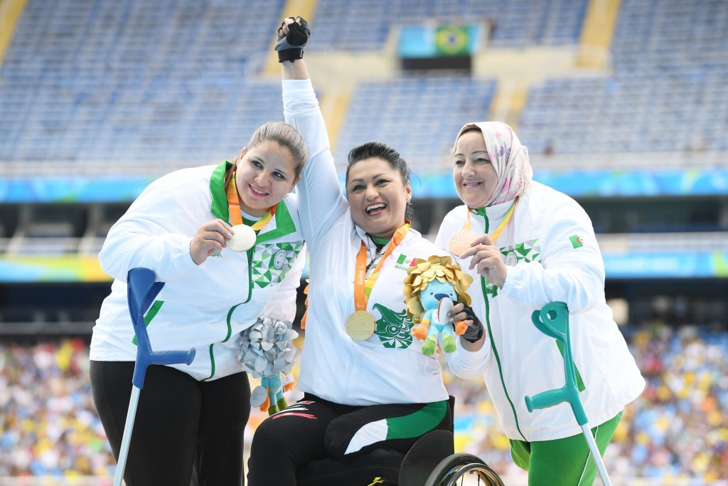 Angeles Ortiz Hernandez, centre, is a two-time Olympic gold medallist ©IPC