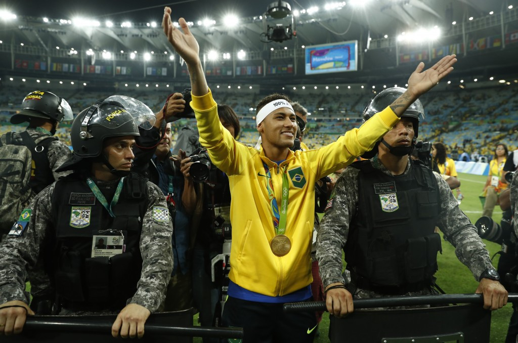 Neymar inspired Brazil to men's Olympic football gold in the Maracanã Stadium ©Getty Images