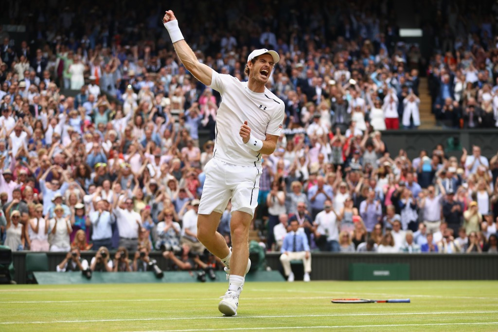 Men's singles world number one Andy Murray has spoken out against those returning from doping bans receiving wildcards ©Getty Images