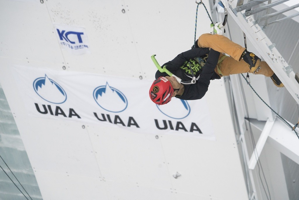 Russian and South Korean stars resume battle at UIAA Ice Climbing World Cup in Cheongsong