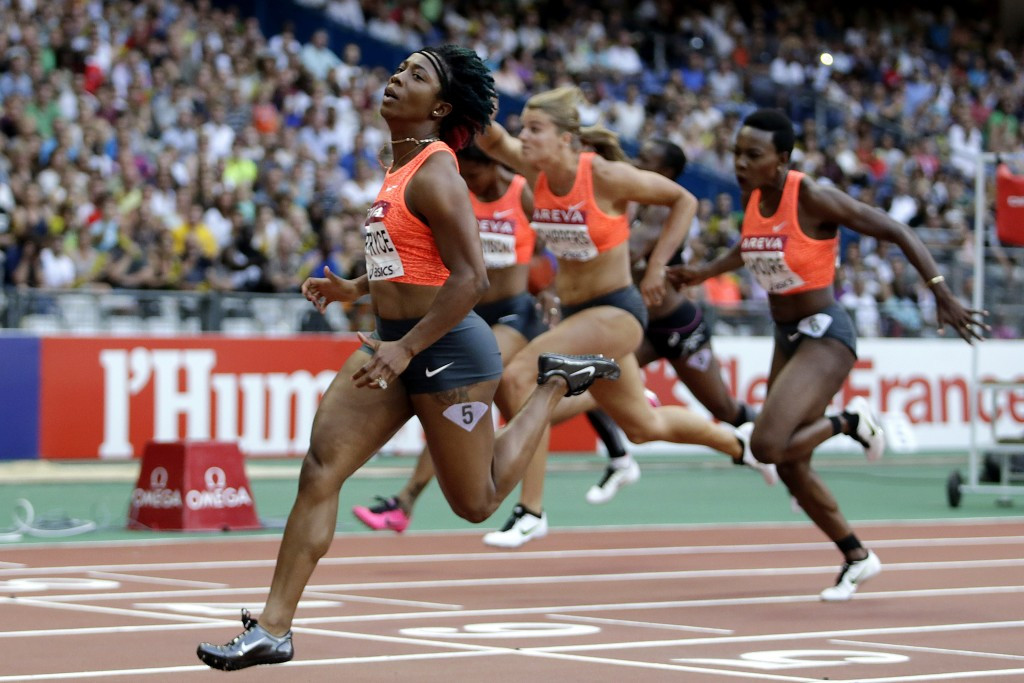 Jamaica's world and Olympic champion Shelly-Ann Fraser-Pryce wins the 100m at the Paris Diamond League meeting in a 2015 best of 10.74 ©Getty Images
