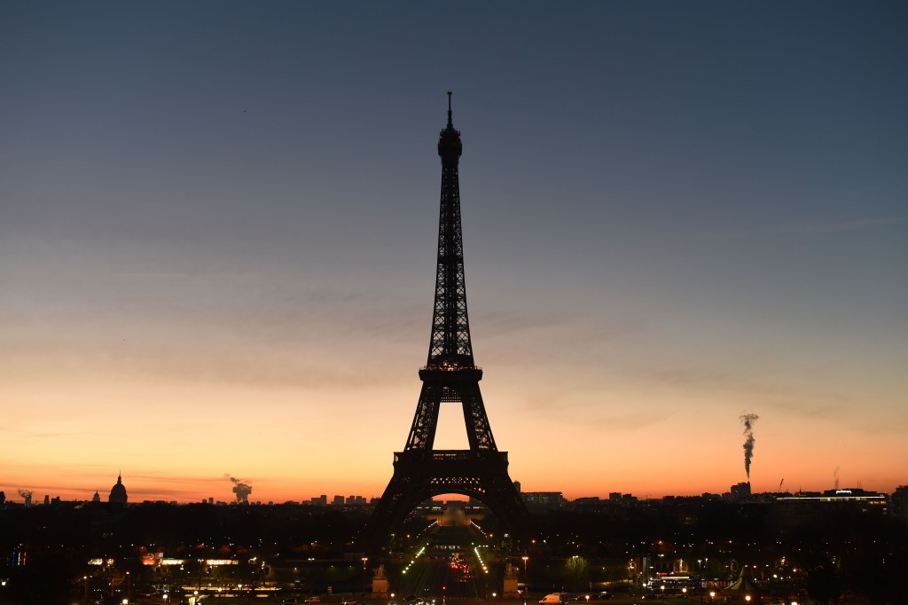 Boost for Paris 2024 as €300 million Eiffel Tower revamp plans are unveiled
