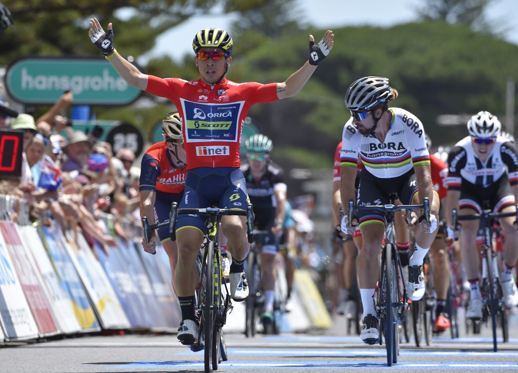 Ewan secures second stage win at Tour Down Under
