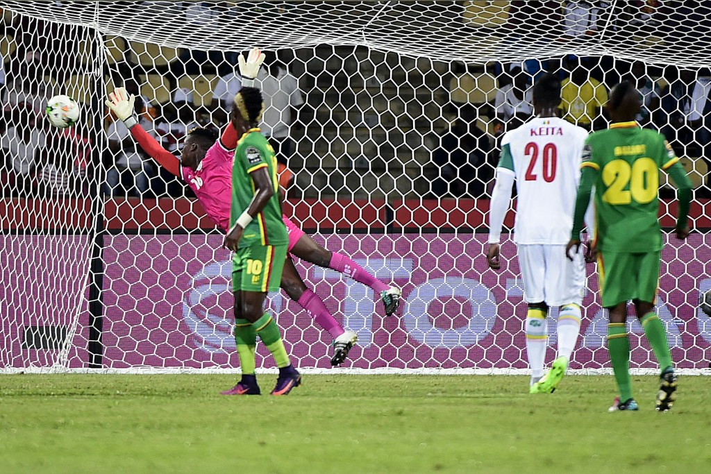 Senegal reach Africa Cup of Nations quarter-finals with victory over Zimbabwe