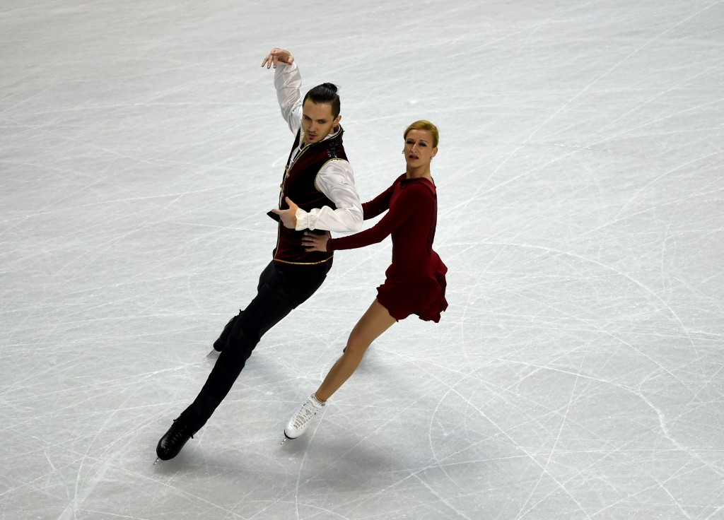 Tatiana Volosozhar and Maxim Trankov took gold in the pairs competition at Sochi 2014. United States Figure Skating President Sam Auxier has called on a blanket ban for Russia at Pyeongchang 2018 ©Getty Images