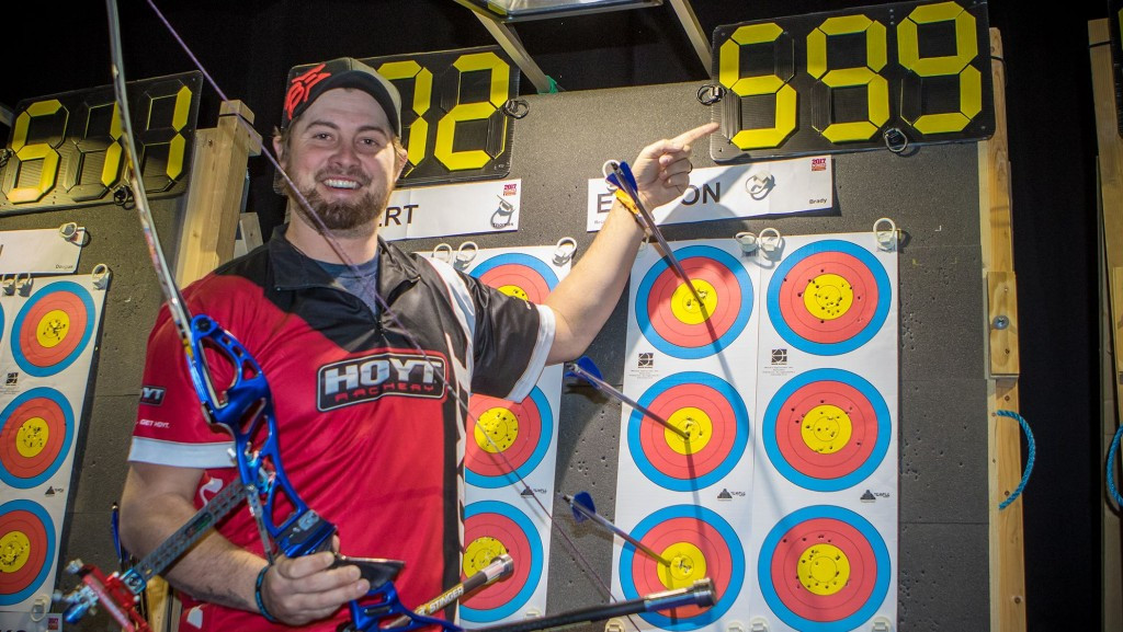 Ellison breaks own world record at Indoor Archery World Cup