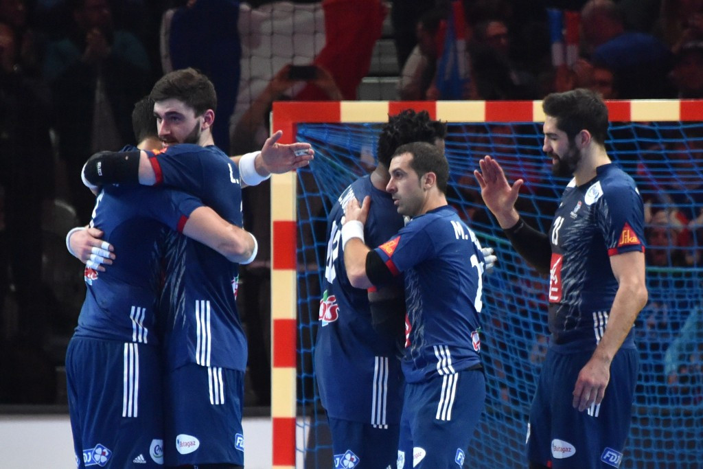 Hosts France move step closer to World Handball Championships defence