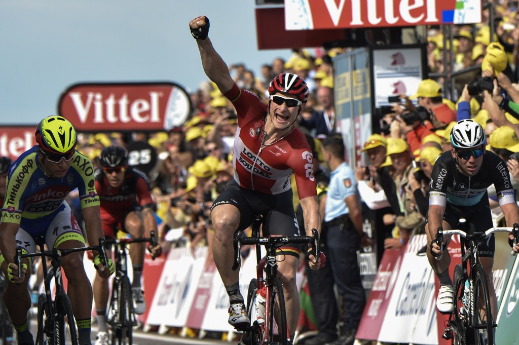 Greipel sprints to Tour de France stage two victory as race favourites Nibali and Quintana lose time