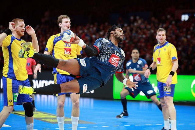 Defending champions France into semi-finals of World Handball Championships