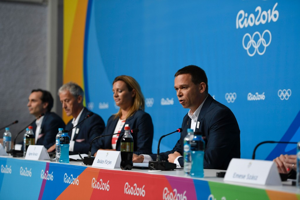 Balázs Fürjes, right, has spoken enthusiastically about the endorsement from the City Council ©Budapest 2024