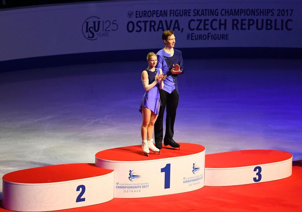 Russians win pairs gold at ISU European Figure Skating Championships