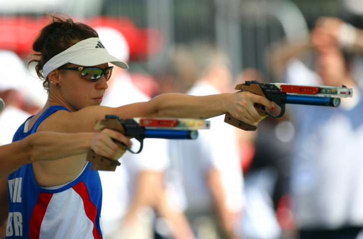 Heather Fell secured the silver medal at the Beijing 2008 Olympic Games