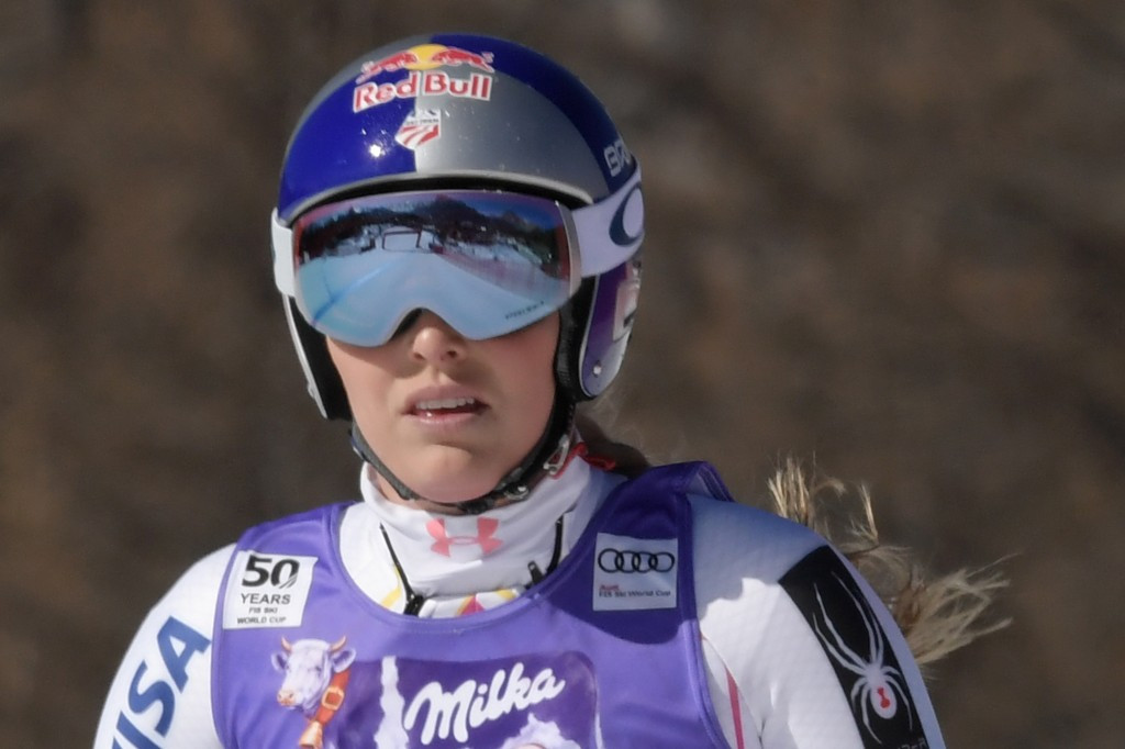Lindsey Vonn of the United States reacts after crashing during the race ©Getty Images