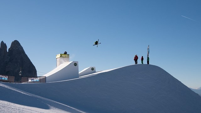 US teenager claims maiden FIS Slopestyle World Cup spoils