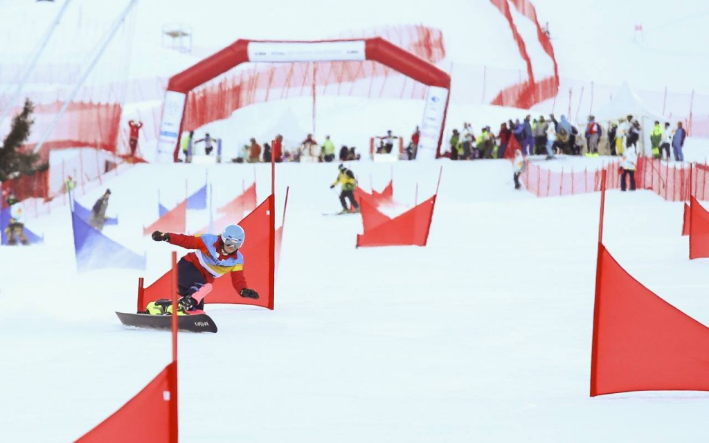 Parallel giant slalom events marked the start of the Almaty 2017 snowboard programme ©Almaty 2017/Facebook