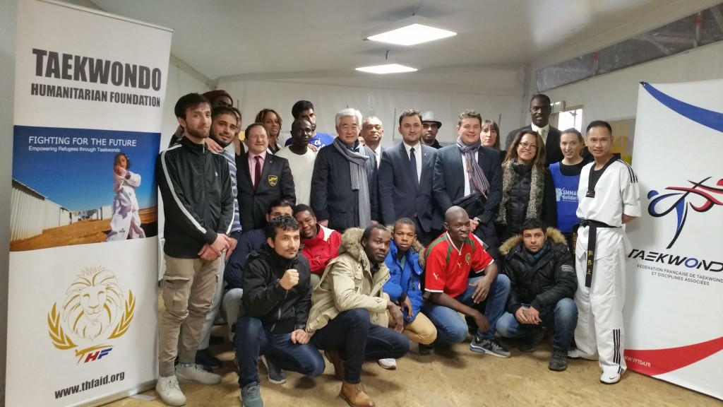 WTF and THF President Chungwon Choue visited a refugee centre in Paris ©THF
