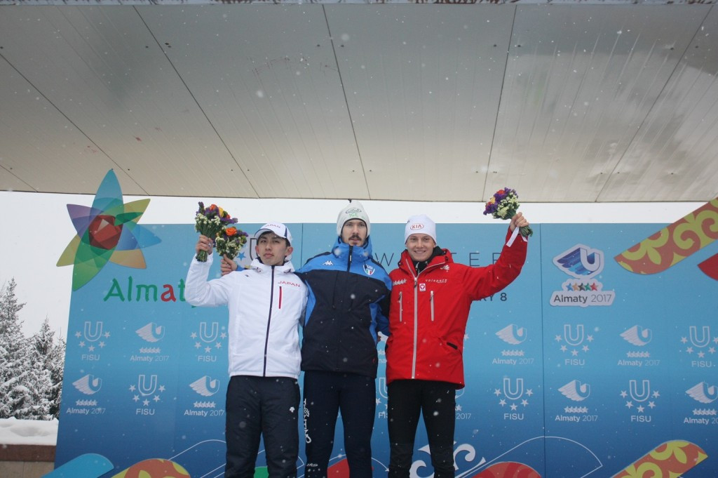 Italy's Davide Ghiotto, centre, was victorious in the men's 5,000m race ©Almaty 2017