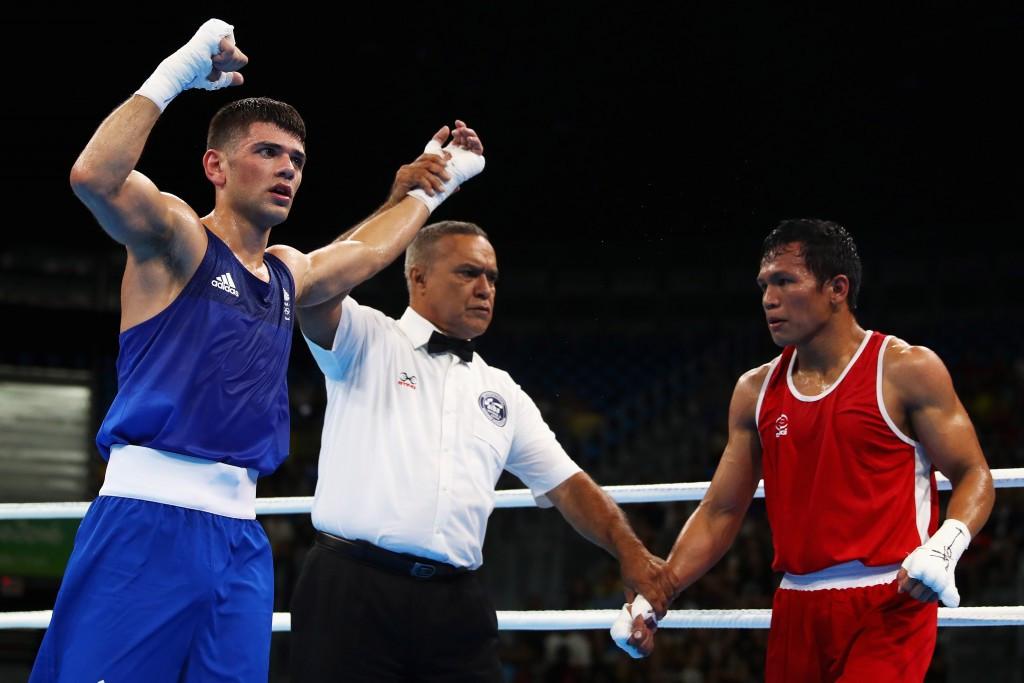 British boxer Cordina turns professional