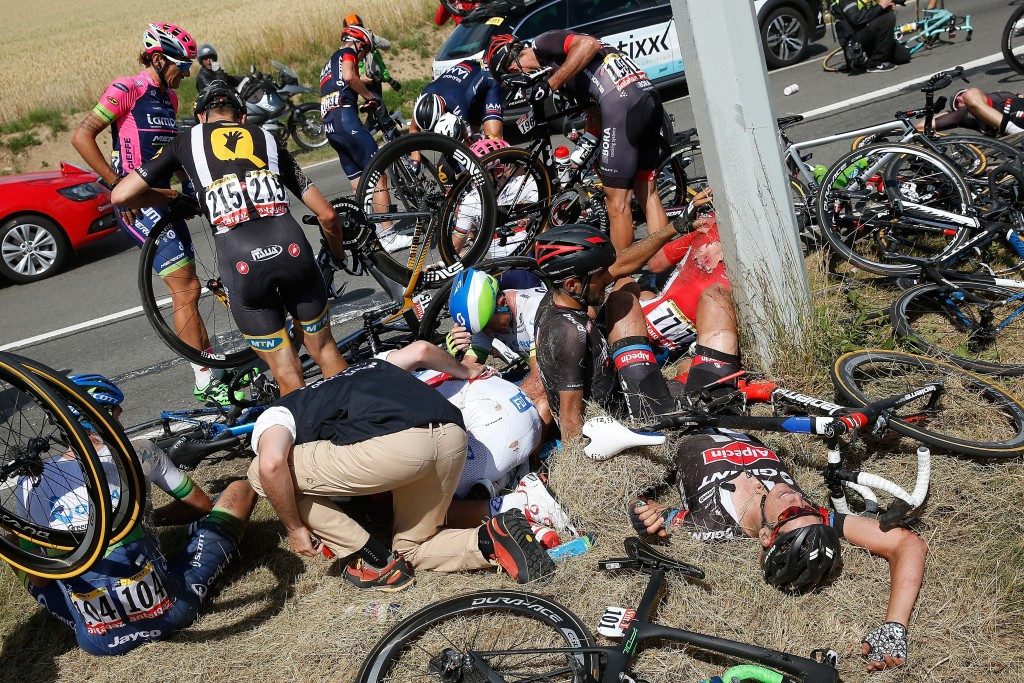 A major crash saw several big name riders have to withdraw from the race, including leader Fabian Cancellara ©Getty Images