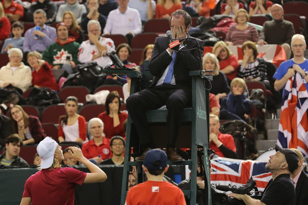 Umpire being hit with ball sees Britain progress in Davis Cup