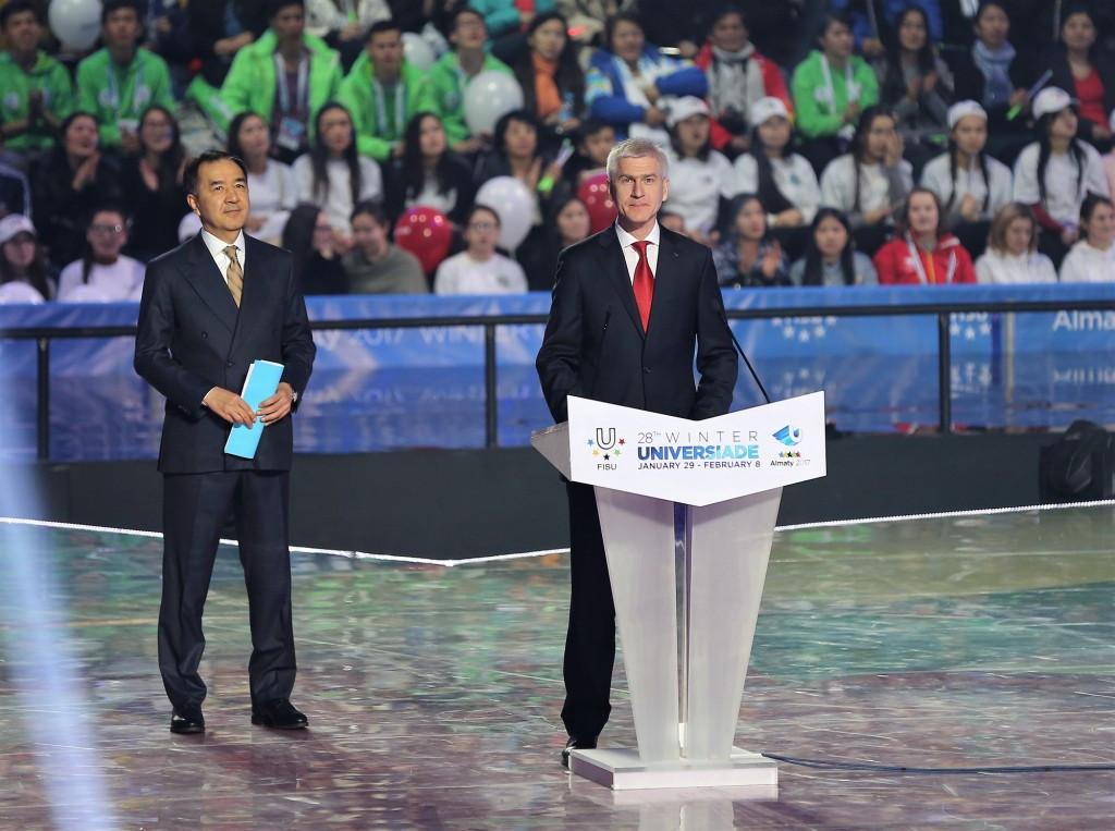 FISU President Oleg Matytsin, right, declared the Universiade closed ©Almaty2017