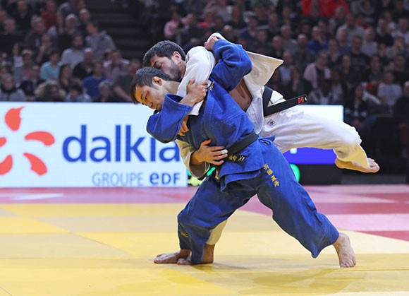 Rio 2016 Olympic bronze medallist Naohisa Takato of Japan completed his hat-trick of French triumphs by sealing the men's under-60kg title ©IJF