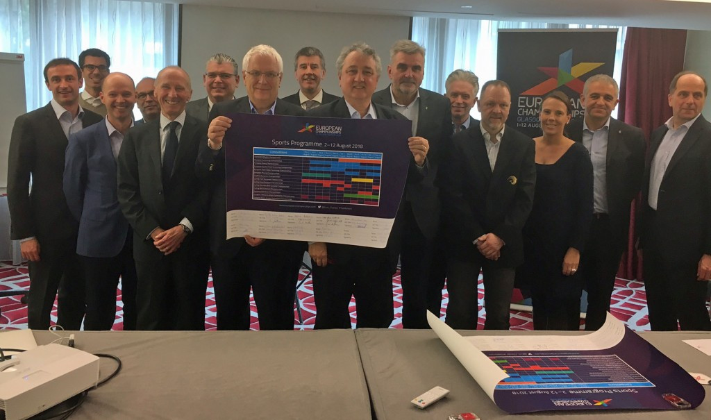 Triathlon has always been included on the programme but the Scottish city's signing of the Host City Contract provides confirmation of the sport's inclusion ©ETU