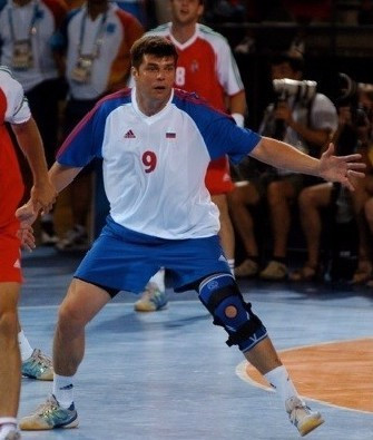 IHF pay tribute after double Olympic champion dies