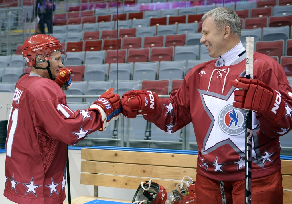 Two-time Olympic gold medal-winning ice hockey player Vyacheslav Fetisov, pictured here with Russian President Vladimir Putin, is to head the delegation of Russian lawmakers travelling to Germany ©Getty Images