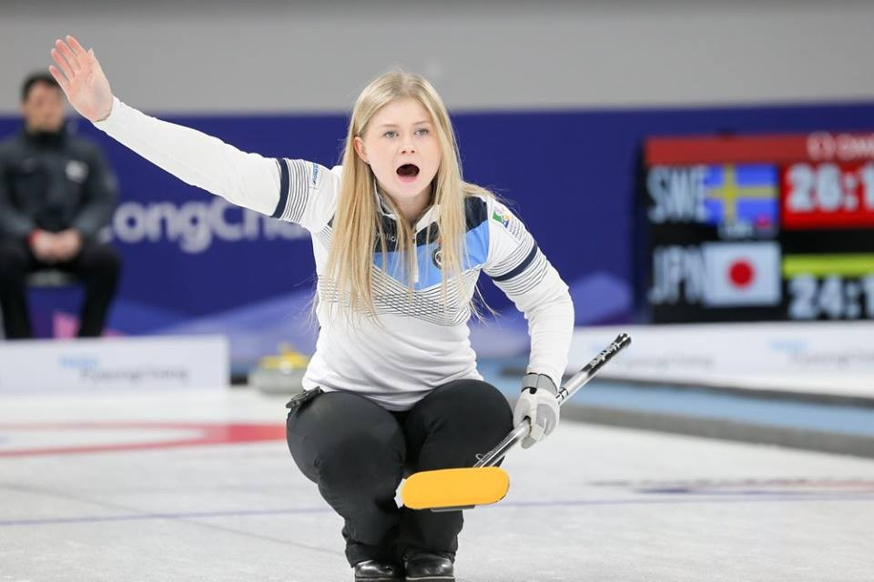 Scotland remain pacesetters in women's competition at World Junior Curling Championships